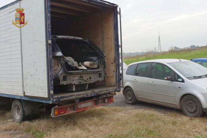 20181213 STRADALE furti auto (6)