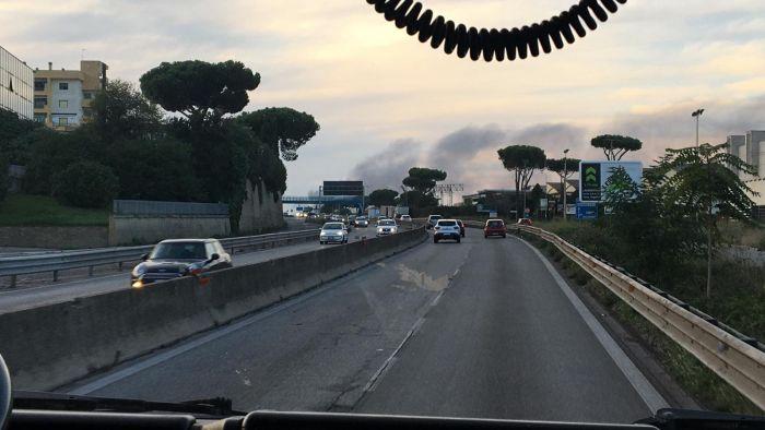 incendio campo rom-