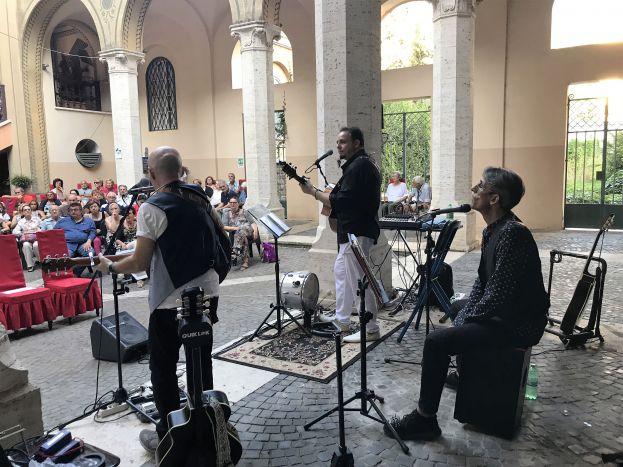 Municipio-X-il-pubblico-del-Chiostro