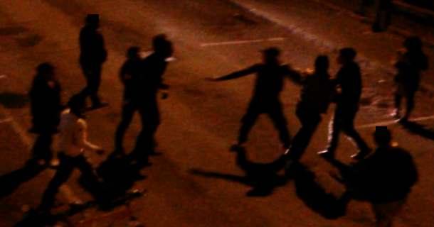 Nettuno maxi-rissa tra stranieri a colpi di spranghe