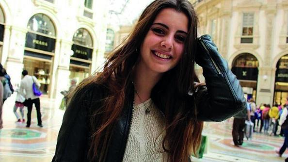 Fiumicino, auto travolta da un ncc Morta una ragazza di 15 anni