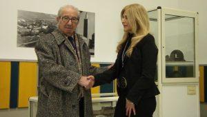 harry-shindler-con-elisa-bonacini-ad-aprilia-nel-gennaio-2012