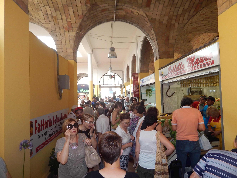 Mercato coperto di aprilia i nuovi orari - Il mercato della piastrella moncalieri orari ...