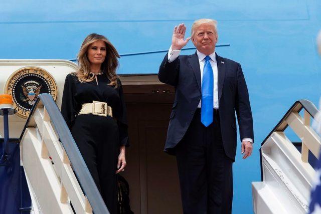 Trump in Italia, Air Force One è atterrato a Fiumicino alle 18.27
