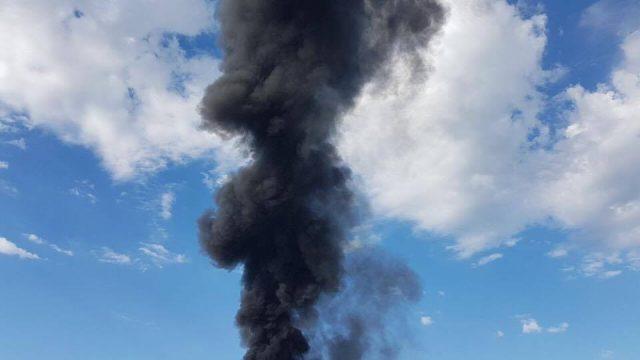 Eco X di Pomezia, incendio spento. Il Sindaco in Regione