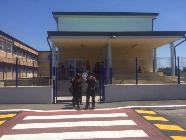 La rissa tra professori e studenti al liceo Copernico di Pavia