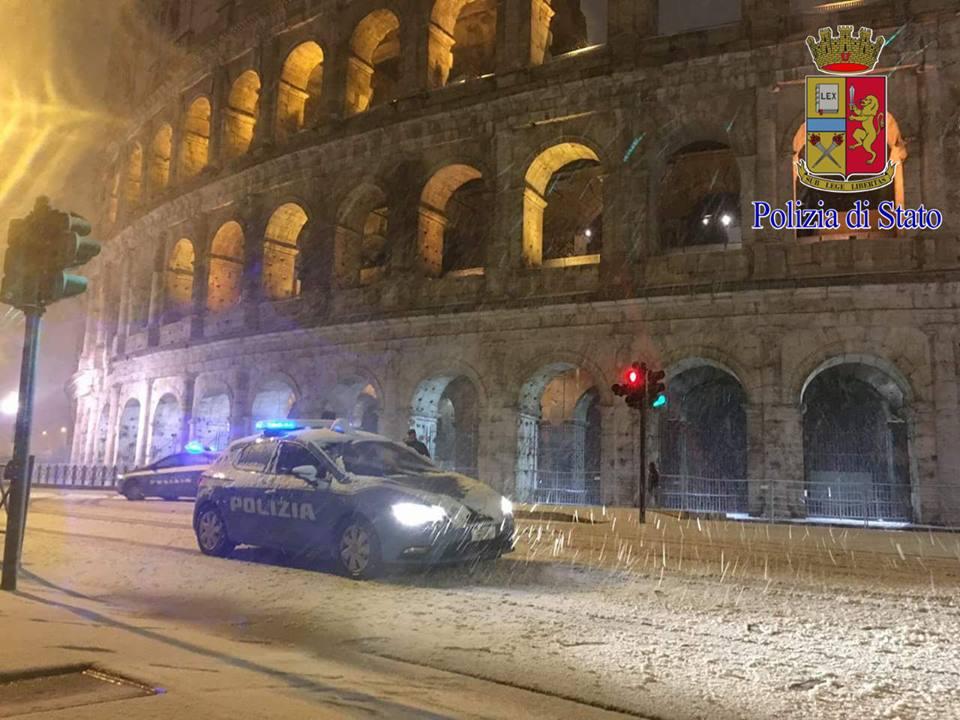 Neve a roma le foto pi belle della polizia di stato - Foto della polizia citazioni ...
