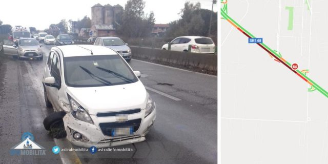 Incidente Pontina oggi 9 gennaio 2019: auto distrugge una gomma