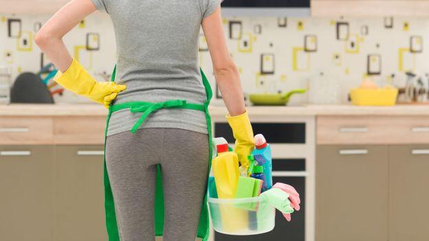Cleaning therapy: pulire la casa e fare il bucato fanno