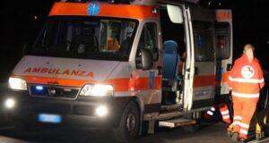ambulanza notte incidente anzio