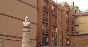Pasolini busto Ostia