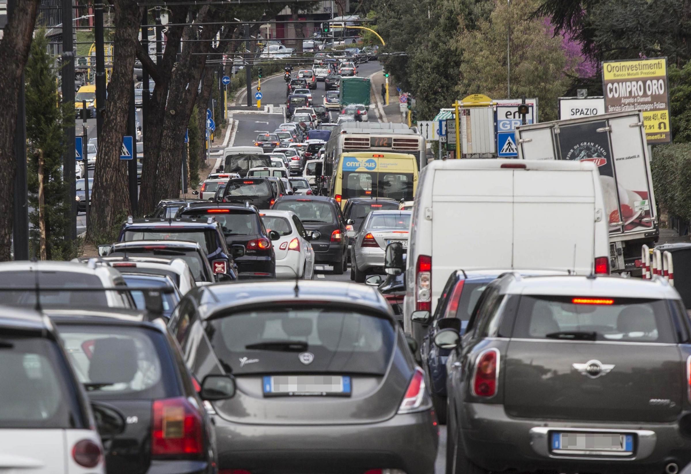 Blocco auto Roma 1 marzo 2020