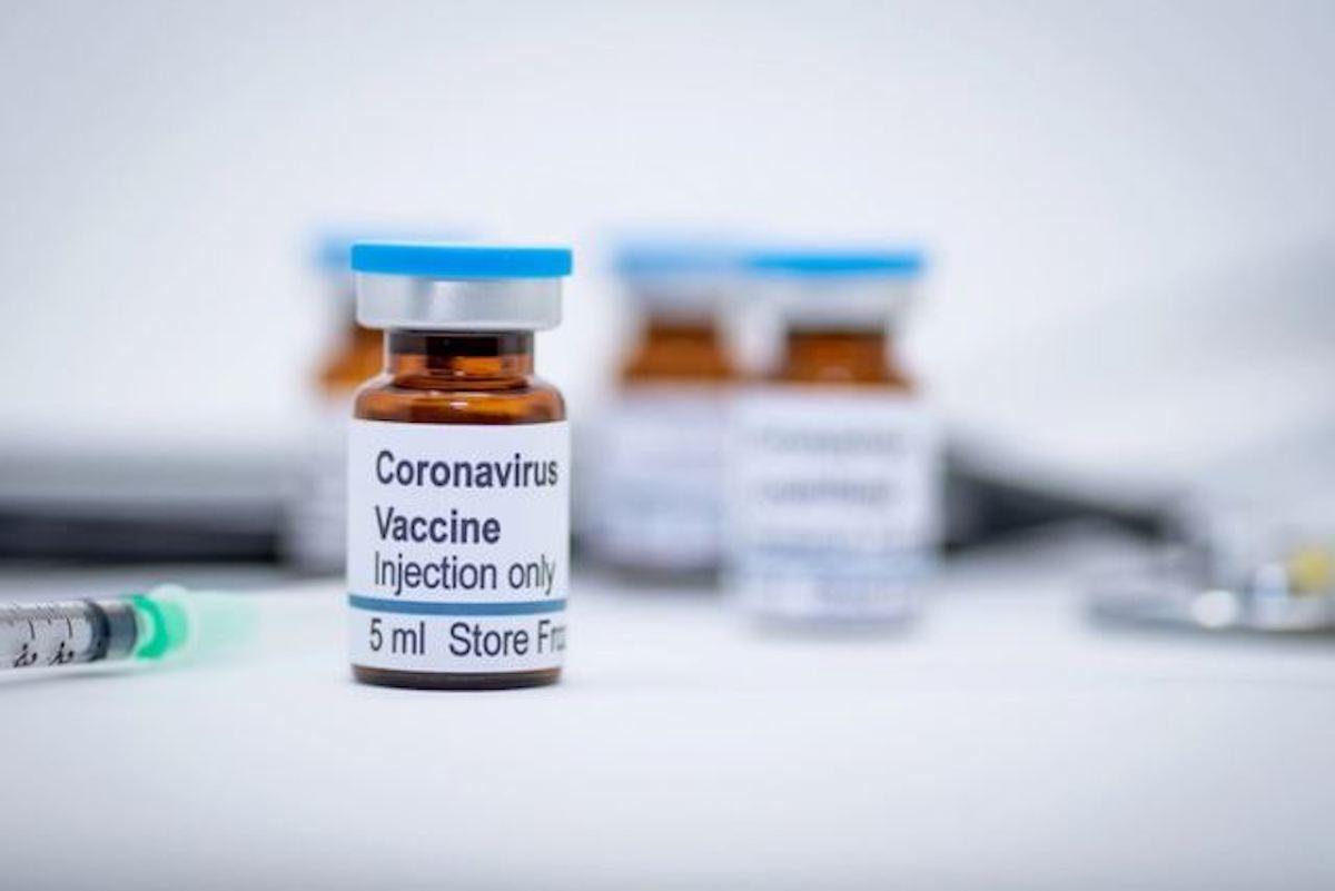 Open Day vaccino AstraZeneca nel Lazio over 30
