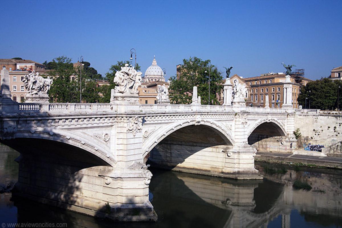 Tragedia sfiorata Roma 22enne