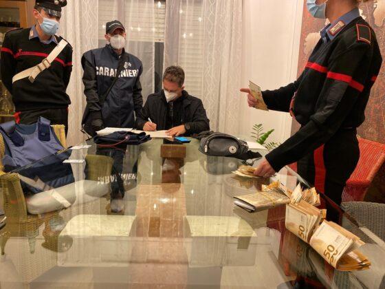 La Camorra a Roma: ristoranti al centro, estorsioni, immobili e auto di lusso. Blitz dei Carabinieri, presi due 'boss'