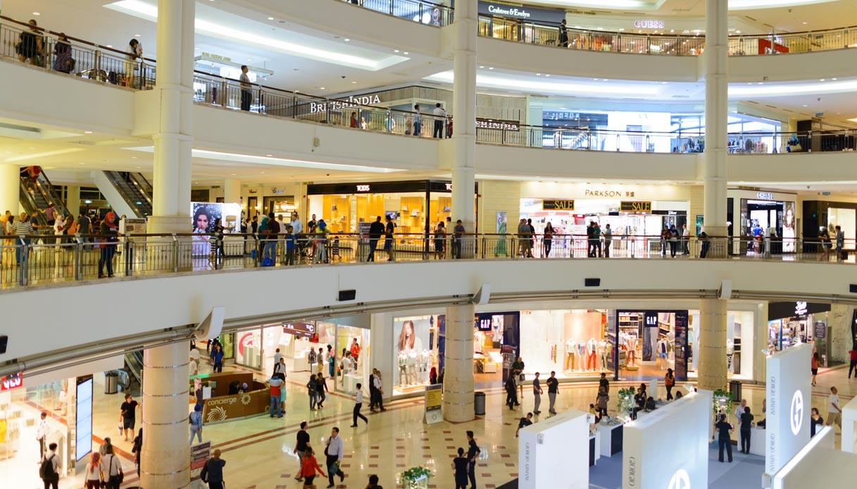 protesta centri commerciali