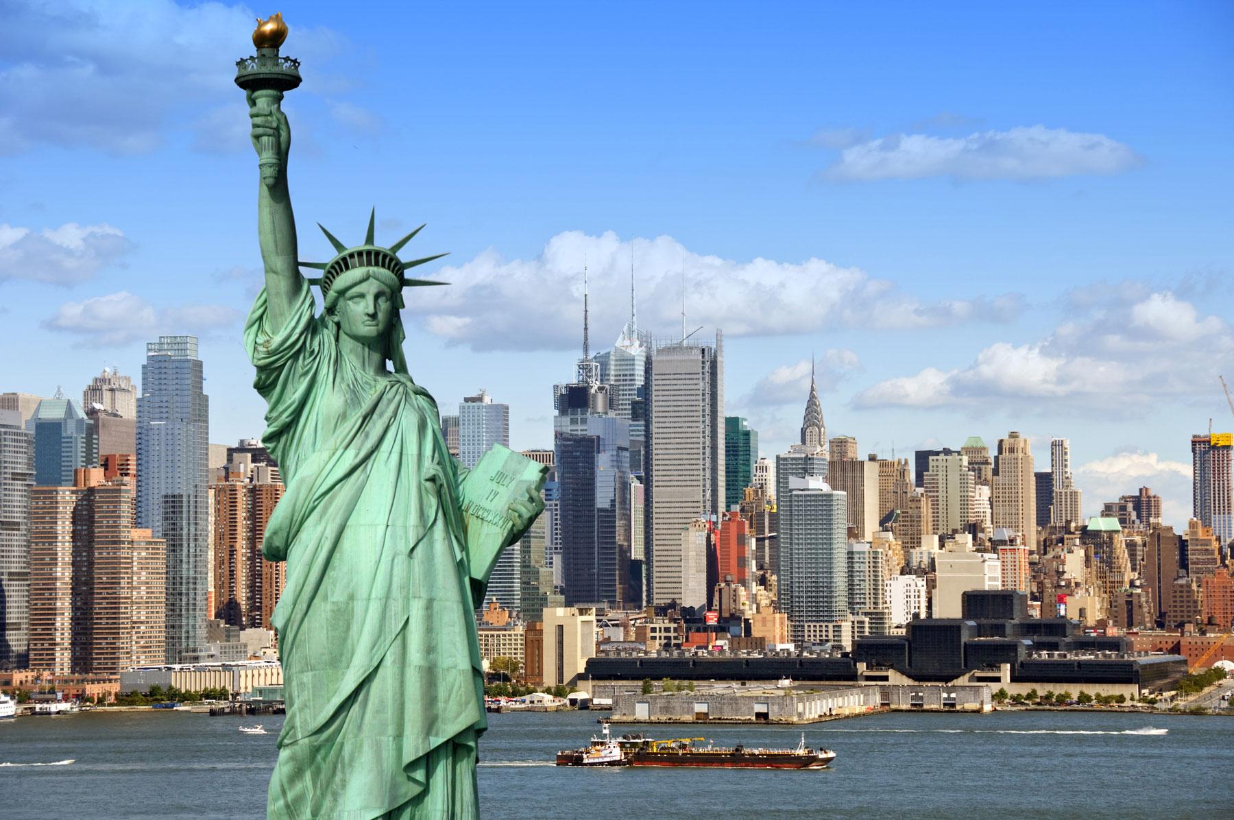 New York riapre senza mascherine