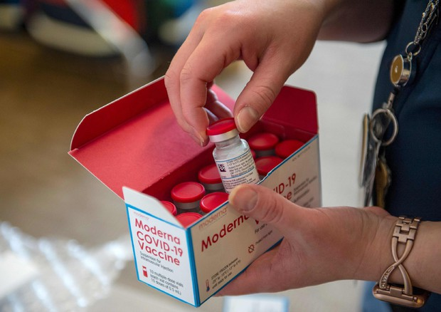 moderna farmacie
