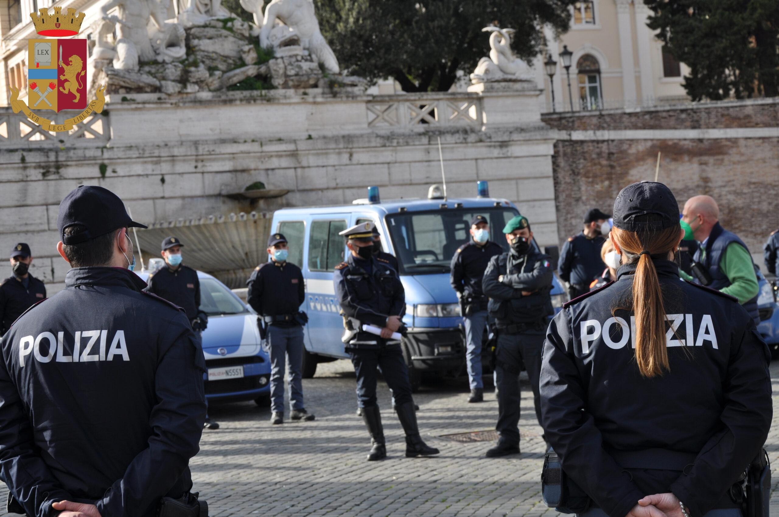 Polizia manifestazione Forza Nuova arresto