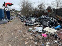 Sfascio illegale viale Palmiro Togliatti