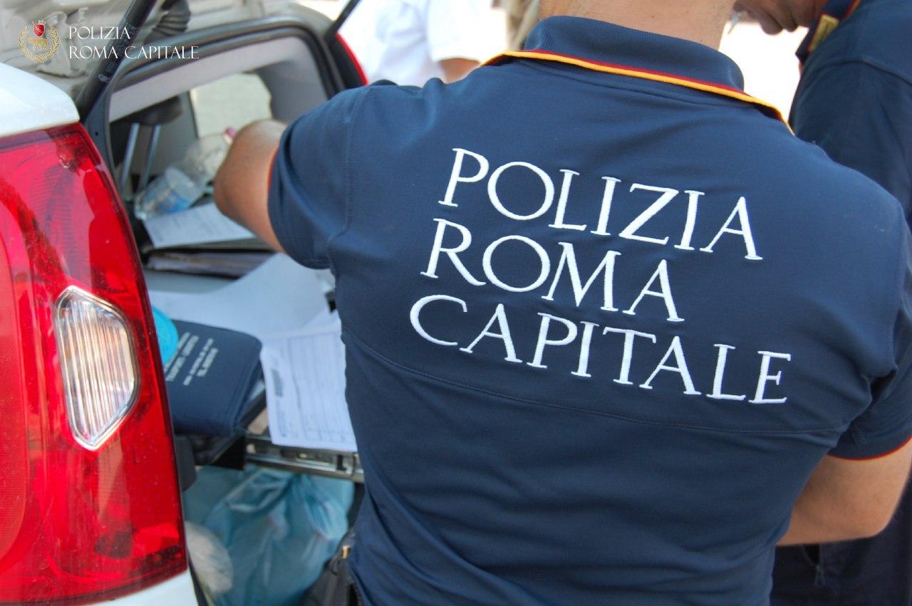 Fermato dalla Polizia Locale e denunciato per ricettazione
