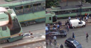 Esquilino si stende sui binari del tram