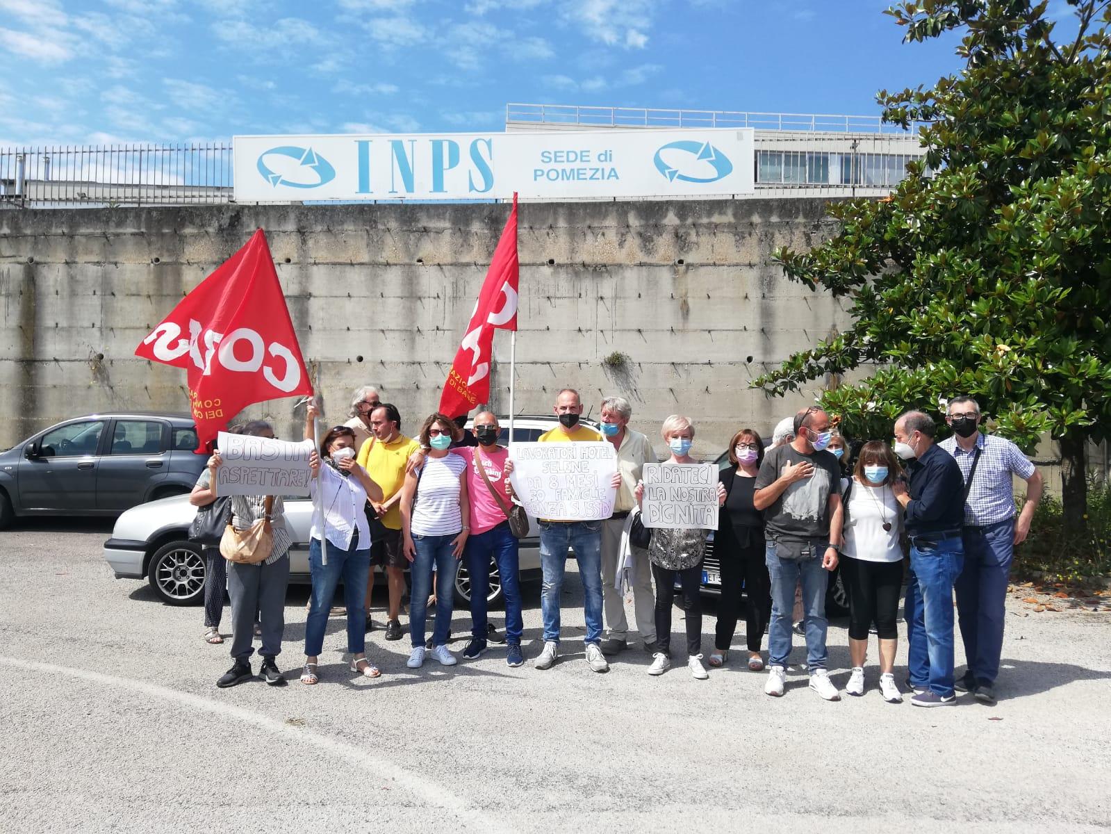Pomezia lavoratori Hotel Selene manifestazione
