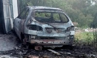 incendio auto ardea