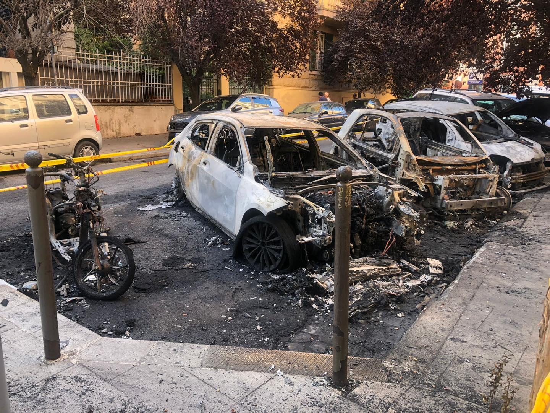incendio auto via stamira
