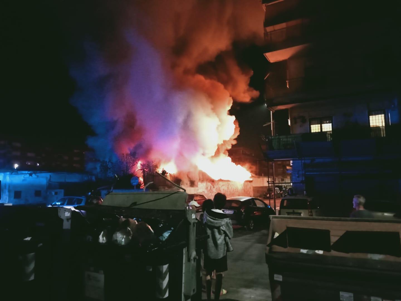 incendio campo Morandi