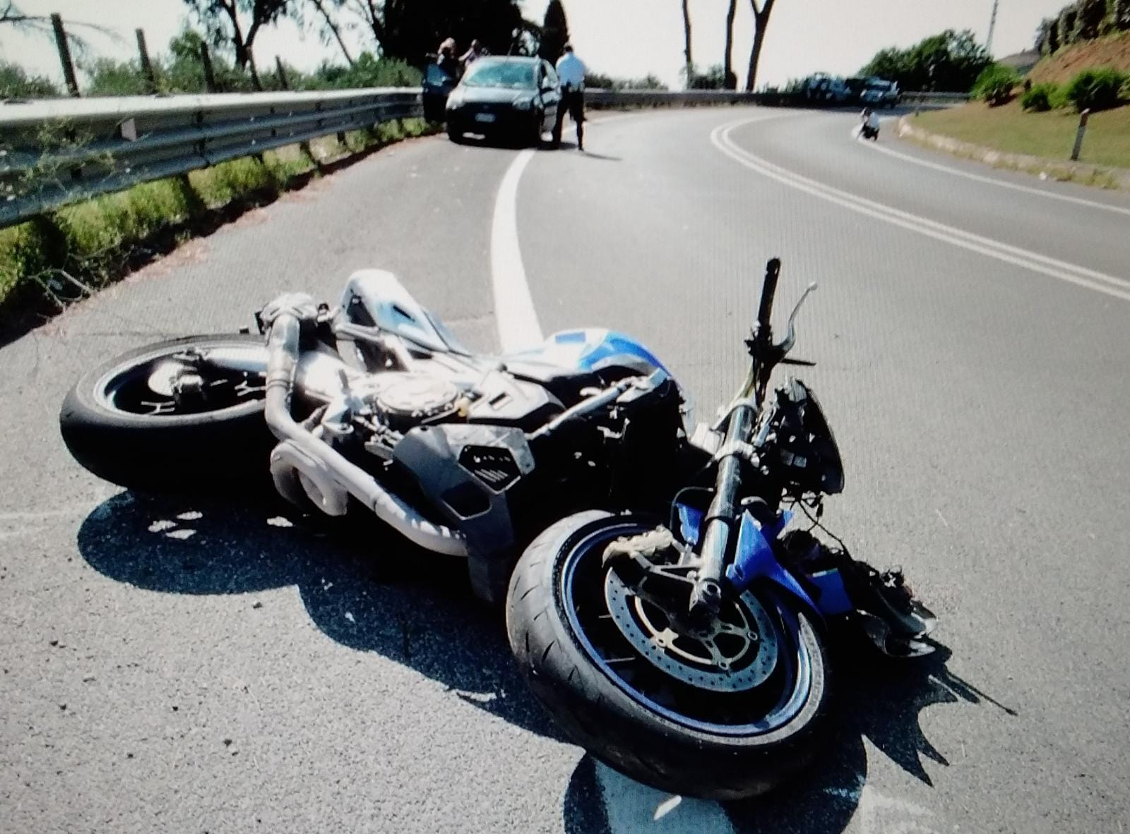 ostia-incidente-moto-bici