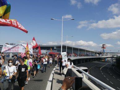 manifestazione-aeroporto2