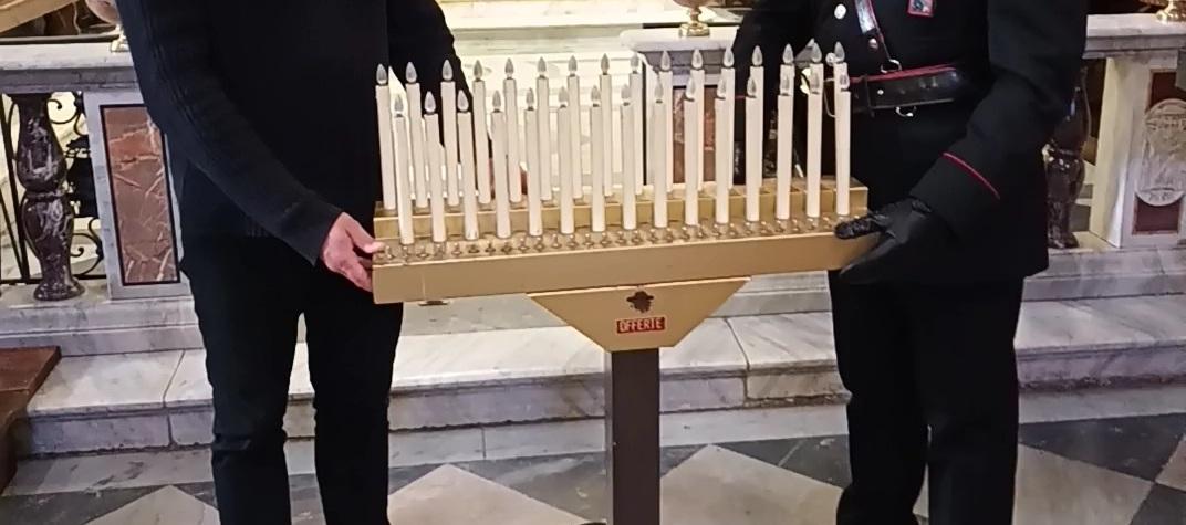 candeliere rubato Segni
