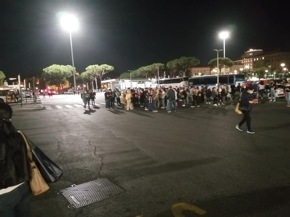Linee Roma Napoli e Roma Nettuno bloccate