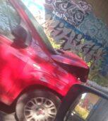 Scontro frontale tra due auto a Ronchis, un ferito è grave