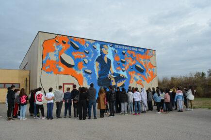 Il Sindaco inaugura i murales dedicati alla forza delle donne a Santa Palomba, Santa Procula e Torvaianica