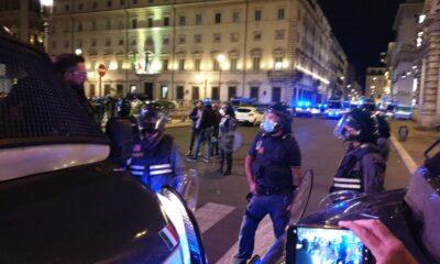 stretta sui cortei a Roma